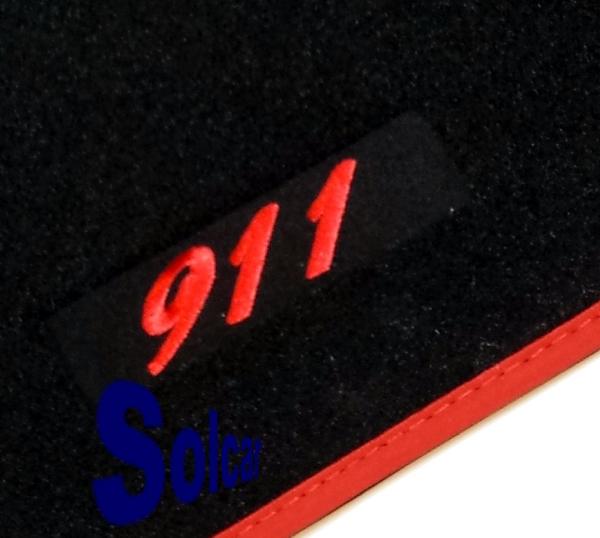 tapis auto personnalis porsche sport edition auto tapis velour pour porsche 911 coupe 996. Black Bedroom Furniture Sets. Home Design Ideas