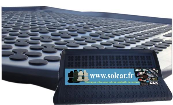 duster bac de coffre avec tapis pour dacia duster 4wd premium. Black Bedroom Furniture Sets. Home Design Ideas